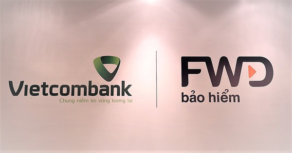 FWD hoàn tất thương vụ mua lại công ty bảo hiểm Vietcombank-Cardif - Ảnh 1.