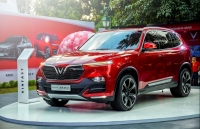 vinfast lux a20 so gang cung camry va mazda6
