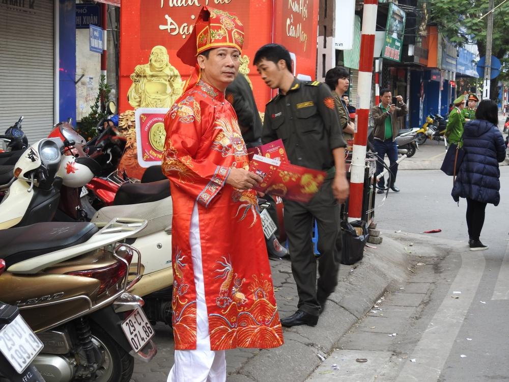 gia vang tang cao pho vang van nhon nhip ngay via than tai