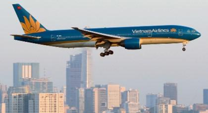 vietnam airlines sap ban 4 may bay boeing 777 200 er voi gia hon 70 trieu usd