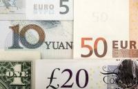 euro usd bien dong chua tung co bi an khien nha giau lo so