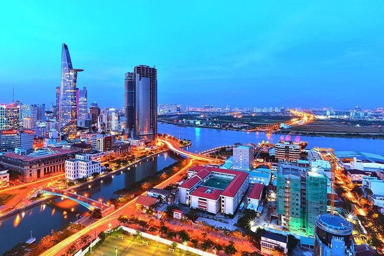 bo chinh tri dat muc tieu no cong nam 2030 khong qua 60 gdp