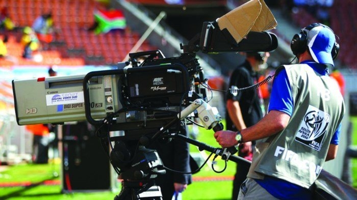 ban tin doanh nghiep chung khoan hom nay 66 mua ban quyen world cup co the lo den 90