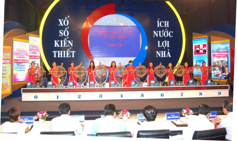 thoai von nghin ty tai quan ly kinh doanh nha hcm hfic uoc doanh thu nam 2017 giam 55