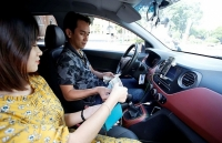 grab kien nghi thu tuong nhan dang taxi cong nghe bang den led