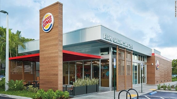 burger king no luc vuon len khi bi rot lai trong cuoc dua chuoi hang an nhanh
